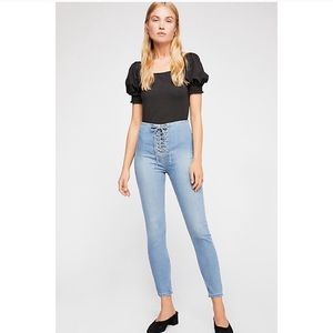 NWT! Free People High Lace Skinny Jeans Light Wash